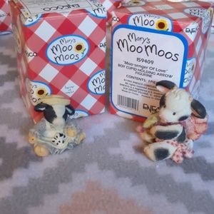 Marys Moo Moo Accents - Set of 2 with the boxes Mary Moo Moos